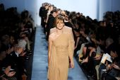 Modes nedēļa Ņujorkā: Michael Kors un Oscar de la Renta